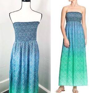 Old Navy Smocked Blue Ombré Strapless Maxi Dress